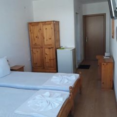 Отель Zlatna Kotva Guest House Аврен комната для гостей фото 5