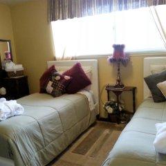 Отель Secret Garden Bed & Breakfast США, Такома - отзывы, цены и фото номеров - забронировать отель Secret Garden Bed & Breakfast онлайн комната для гостей фото 2