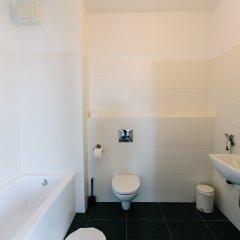 Отель Renttner Apartamenty Польша, Варшава - отзывы, цены и фото номеров - забронировать отель Renttner Apartamenty онлайн ванная фото 2