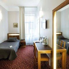 City Hotel Teater комната для гостей фото 5