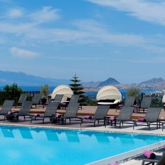 Отель Ramada Resort Bodrum бассейн фото 3