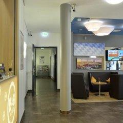 Отель B&B Hotel Munchen City-Nord Германия, Мюнхен - отзывы, цены и фото номеров - забронировать отель B&B Hotel Munchen City-Nord онлайн питание фото 2