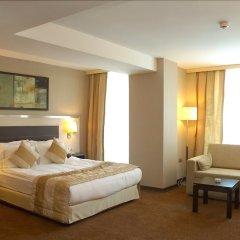 Izmir Comfort Hotel комната для гостей