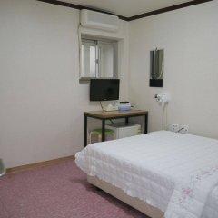 Отель Bonbon By Seoulodge Myengdong Сеул комната для гостей фото 3