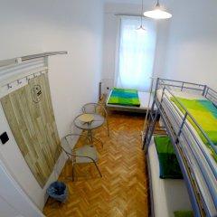 Friends Hostel and Apartments Budapest Будапешт комната для гостей