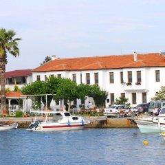 Отель Teos Lodge Pansiyon & Restaurant Сыгаджик приотельная территория