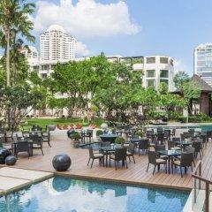 Отель Siam Kempinski Hotel Bangkok Таиланд, Бангкок - 1 отзыв об отеле, цены и фото номеров - забронировать отель Siam Kempinski Hotel Bangkok онлайн бассейн фото 2
