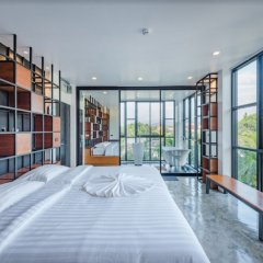 Отель Book a Bed Poshtel - Hostel Таиланд, Пхукет - отзывы, цены и фото номеров - забронировать отель Book a Bed Poshtel - Hostel онлайн фитнесс-зал фото 3