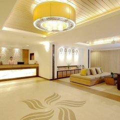 Отель Kata Sea Breeze Resort интерьер отеля