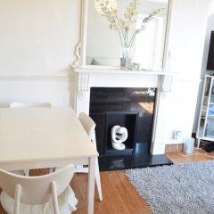 Отель Sunny 2 Bedroom Flat Between Camden Town & Primrose Hill Великобритания, Лондон - отзывы, цены и фото номеров - забронировать отель Sunny 2 Bedroom Flat Between Camden Town & Primrose Hill онлайн в номере фото 2