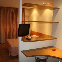 Отель Bluesense Madrid Serrano Испания, Мадрид - отзывы, цены и фото номеров - забронировать отель Bluesense Madrid Serrano онлайн сейф в номере