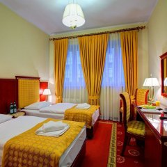 Hotel Holiday Park комната для гостей