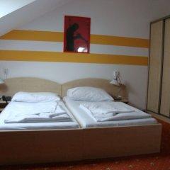 Отель Lenas Donau комната для гостей фото 4