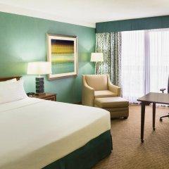 Отель Holiday Inn Toronto - Yorkdale Канада, Торонто - отзывы, цены и фото номеров - забронировать отель Holiday Inn Toronto - Yorkdale онлайн комната для гостей фото 5