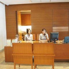Отель Woodlands Suites Serviced Residences интерьер отеля фото 2