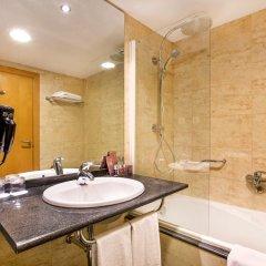 Отель Occidental Atenea Mar - Adults Only ванная фото 2