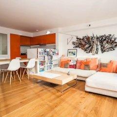 Отель 2 Bedroom Flat in Marylebone With Views Великобритания, Лондон - отзывы, цены и фото номеров - забронировать отель 2 Bedroom Flat in Marylebone With Views онлайн комната для гостей фото 4