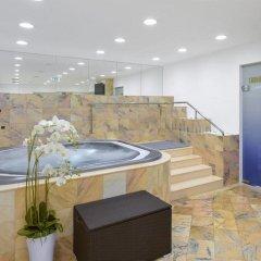 Отель Savoy бассейн