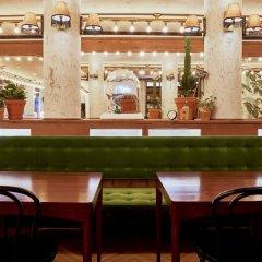 Отель Max Brown Midtown гостиничный бар фото 3