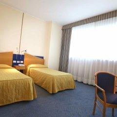 Отель Express Поллейн комната для гостей