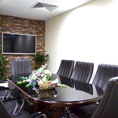 Отель Crystal Plaza Шарджа помещение для мероприятий