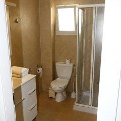 Gordon Inn & Suites Израиль, Тель-Авив - 6 отзывов об отеле, цены и фото номеров - забронировать отель Gordon Inn & Suites онлайн ванная фото 2