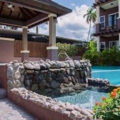 Отель New Kingston Guest Apt at Sonoma Estate бассейн