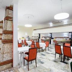 Отель International House of Journalists Золотые пески ресторан фото 3