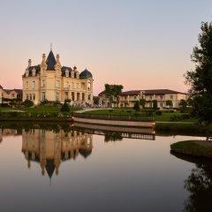 Отель Chateau Hotel and Spa Grand Barrail Франция, Сент-Эмильон - отзывы, цены и фото номеров - забронировать отель Chateau Hotel and Spa Grand Barrail онлайн приотельная территория