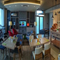 Отель Holiday Inn Prague Airport Чехия, Прага - 3 отзыва об отеле, цены и фото номеров - забронировать отель Holiday Inn Prague Airport онлайн питание фото 2
