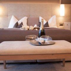 The Lodge Hotel - Golfclub Eppan Аппиано-сулла-Страда-дель-Вино в номере