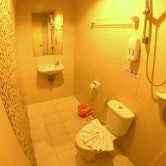 Отель The Room Patong ванная фото 2