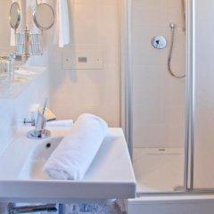 Отель Schlosshof Charme Resort – Hotel & Camping Италия, Лана - отзывы, цены и фото номеров - забронировать отель Schlosshof Charme Resort – Hotel & Camping онлайн ванная