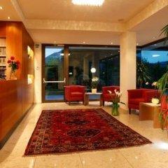 Hotel Girlanerhof Аппиано-сулла-Страда-дель-Вино интерьер отеля фото 2