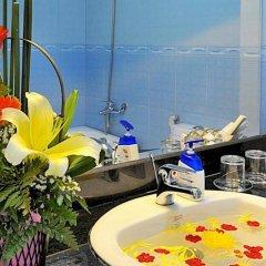 Отель Ideal Hotel Hue Вьетнам, Хюэ - отзывы, цены и фото номеров - забронировать отель Ideal Hotel Hue онлайн ванная