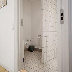 Отель Spacious Apartments in Copenhagen Centre Дания, Копенгаген - отзывы, цены и фото номеров - забронировать отель Spacious Apartments in Copenhagen Centre онлайн ванная фото 2