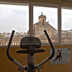 Отель Maciá Alfaros фитнесс-зал