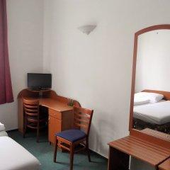 Elen's Hotel Arlington Prague удобства в номере фото 6