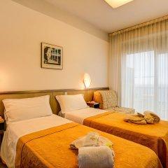 Отель Eurhotel Италия, Римини - отзывы, цены и фото номеров - забронировать отель Eurhotel онлайн комната для гостей фото 6