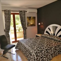 Отель Mesón de L'Ainsa Испания, Аинса - отзывы, цены и фото номеров - забронировать отель Mesón de L'Ainsa онлайн комната для гостей