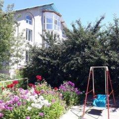 Отель Teskey B&B Кыргызстан, Каракол - отзывы, цены и фото номеров - забронировать отель Teskey B&B онлайн балкон