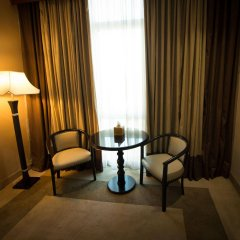 Century Park Hotel комната для гостей