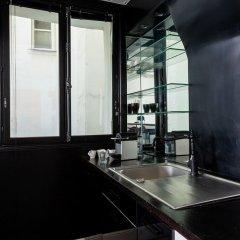 Отель Bauhaus Magic in the Marais Париж в номере