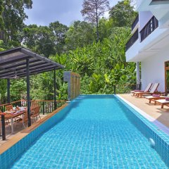 Отель Patong Hill Estate 8 Патонг бассейн