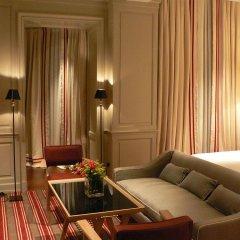 Отель Marquis Faubourg Saint Honoré - Relais & Châteaux Франция, Париж - 1 отзыв об отеле, цены и фото номеров - забронировать отель Marquis Faubourg Saint Honoré - Relais & Châteaux онлайн комната для гостей фото 5