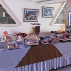 Отель Mistral питание фото 2
