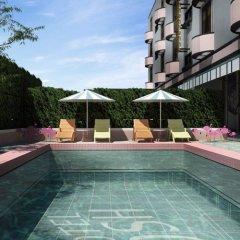 Josh Hotel Бангкок бассейн фото 2