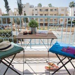 Апартаменты Paphos Love Hut Apartment балкон