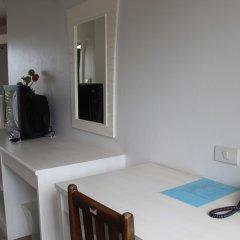 Отель Dinar Lodge пляж Банг-Тао удобства в номере фото 2