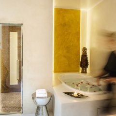 Отель Piazza di Spagna 9 Luxury B&B and Art Gallery Италия, Рим - отзывы, цены и фото номеров - забронировать отель Piazza di Spagna 9 Luxury B&B and Art Gallery онлайн бассейн